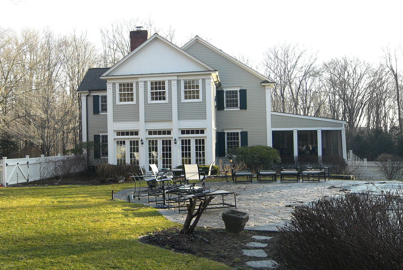 The LaurelRock Company - Residential Landscaping in CT - Hollow Tree Ridge - Back Before